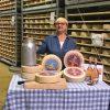 Lidia Bastianich e formaggio Piace Dop