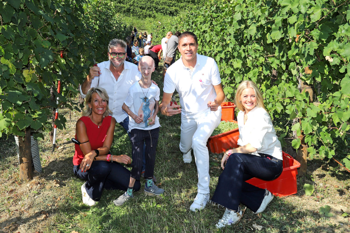 Silvana Ceschin con il marito Ernesto Balbinot, Sammy Basso, Moreno Morello e Anna Balbinot